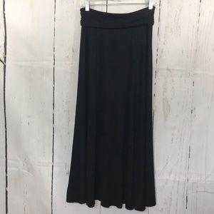 GAP black long flowy skirt